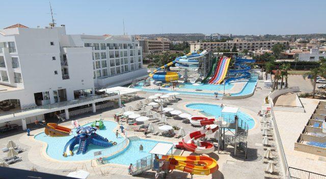 Детский аквапарк в отеле Анастасия (Протарас)
