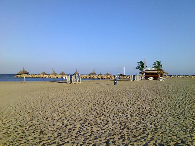 Песчаные пляжи в Коста Дорада