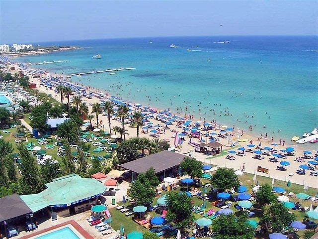 Ларнака - один из самых популярных курортов Кипра