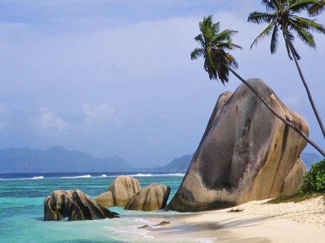 Парпк камней на острове Хайнань