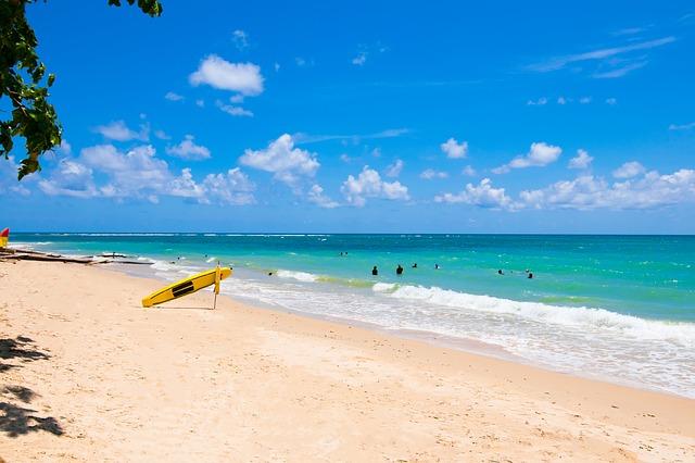 Остров Пхукет славится своими песчаными пляжами.