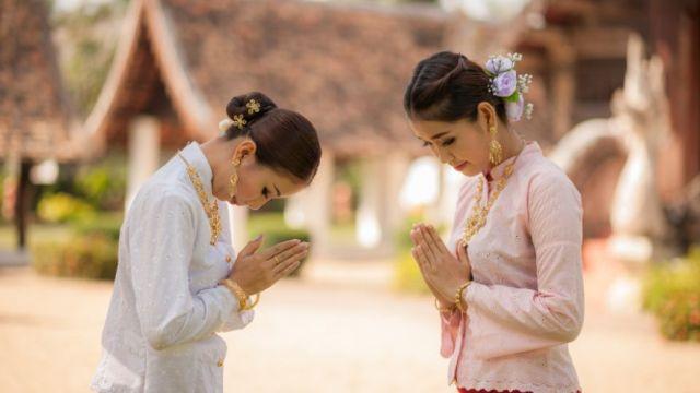 Этикет в Таиланде. Приветствие.