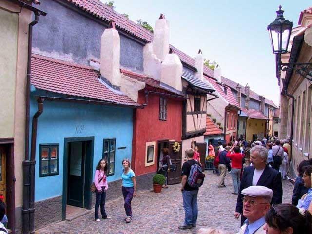 Злата Улочка в Праге Чехия