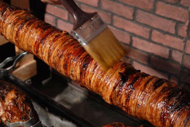 Кокореци - праздничное блюдо в Греции
