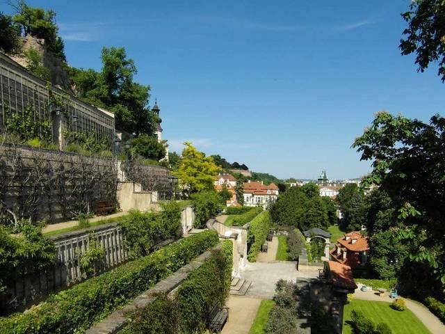Ледебурuские сады в Праге Чехия