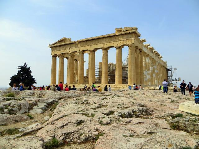 Развалины древнего Парфенона