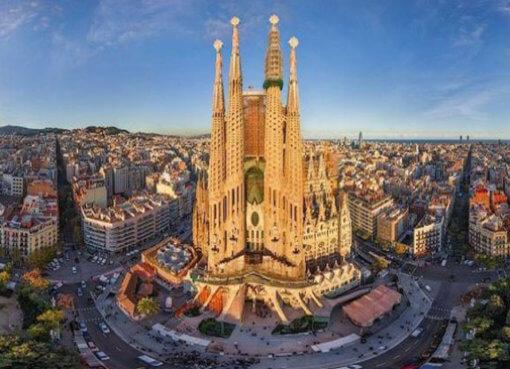 Храм Саграда Фамилиа в Барселоне