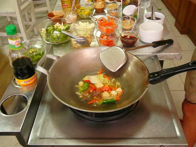 Блюда тайской кухни, как правило, очень острые. Будьте внимательны при заказе.