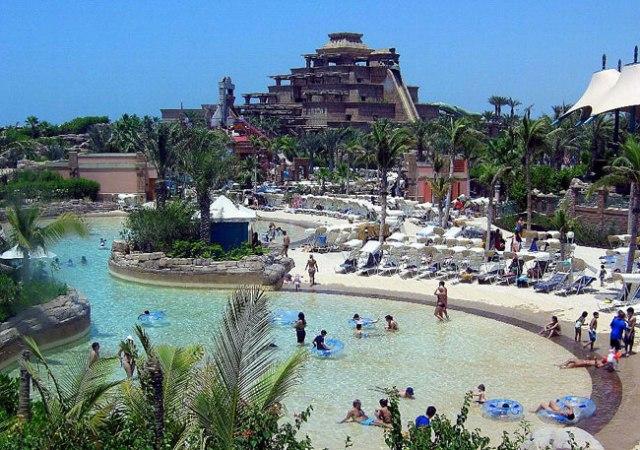 Atlantis Aquaventure Waterpark - самый популярный в ОАЭ