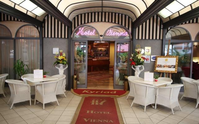 Отель HOTEL VIENNA OSTENDA в Римини