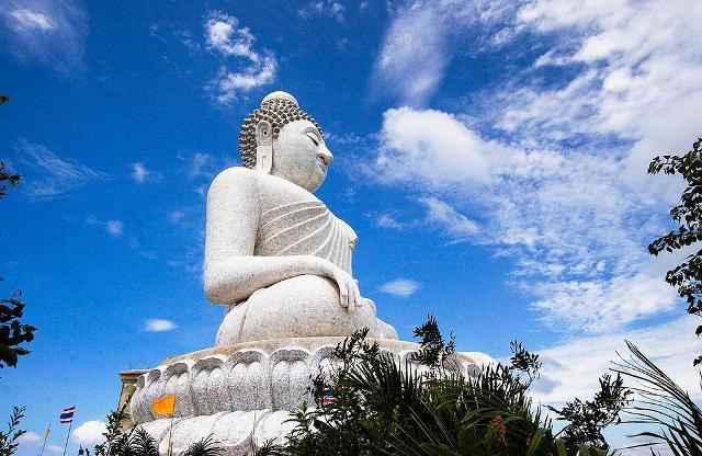 Большой Будда на Пхукете Таиланд