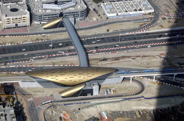 Станция метро Burj Khalifa