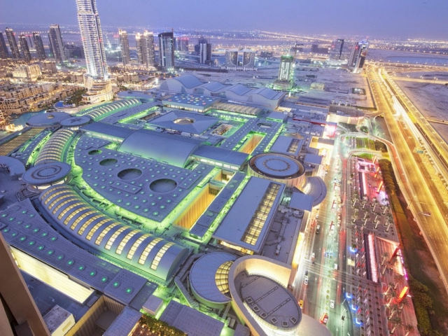Дубай Молл (Дубаи) ночью