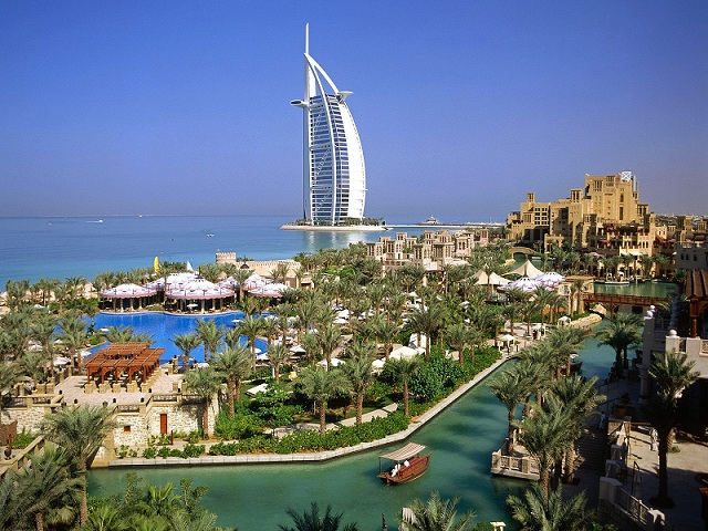 Дубаи - самый популярный город-курорт для отдыха в ОАЭ