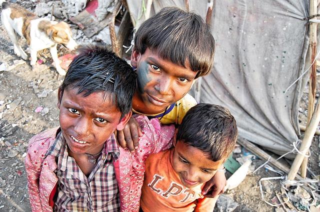 Индия, дети трущоб
