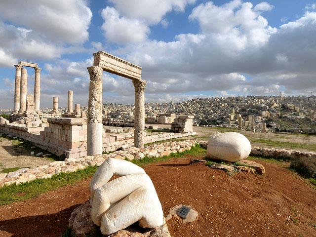 Иордания - это не только пляжный отдых. Посетите исторические памятники страны без оформления визы.