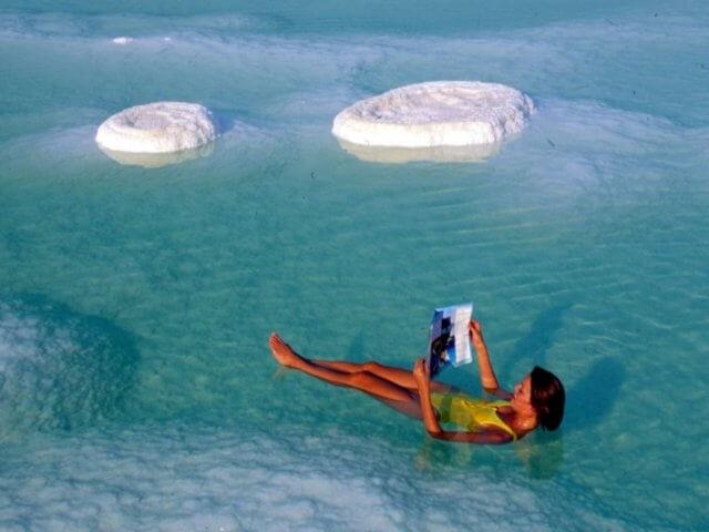 Осень - самое время поправить здоровье на Мертвом море в Израиле