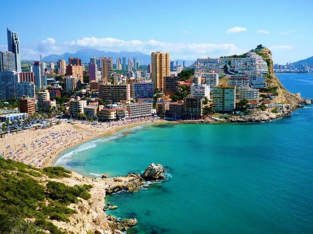 Сезоны отдыха в Испании