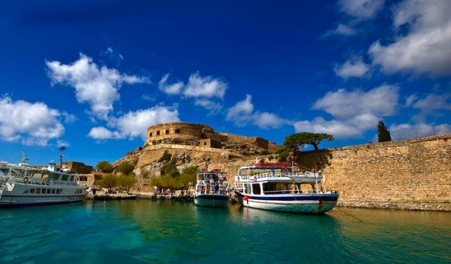 Остров-крепость Спиналонга Крит Греция