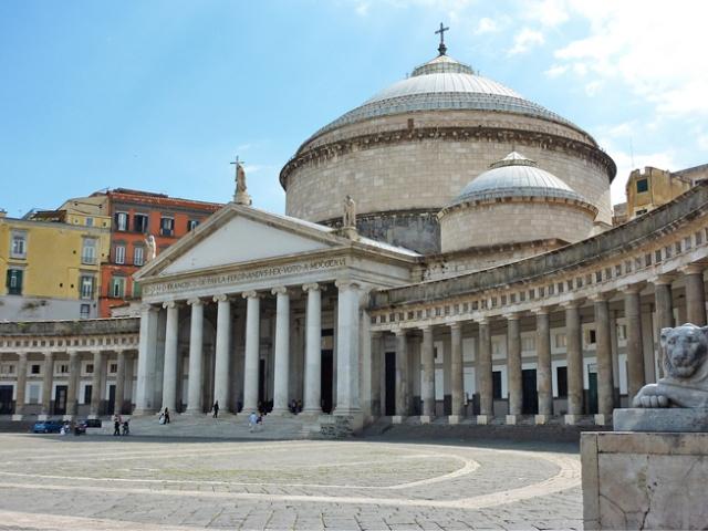 Базилика св. Франциска из Паолы Неаполь Италия