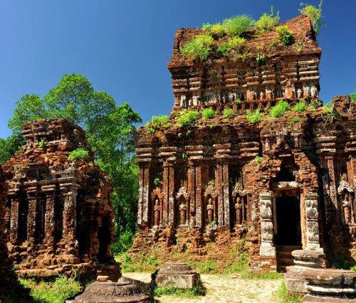 Руины храмового комплекса Мишон Дананг Вьетнам