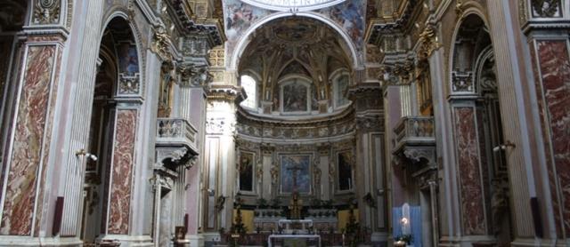 Церковь святых Апостолов Неаполь Италия