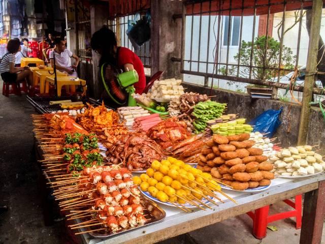 Уличная еда в Нячанге