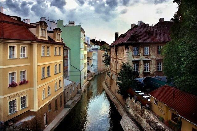 Остров Кампа в Праге Чехия