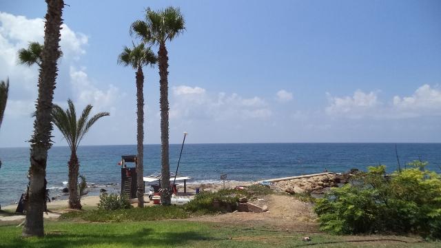Пляж Врисудия в Пафосе