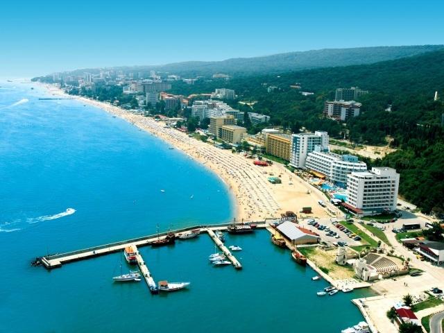 Бургас - пляжный курорт в Болгарии