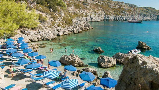 Пляж Энтони Куин Бей, Родос, Греция
