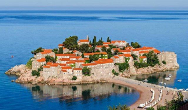 Остров Святого Стефана в Черногории