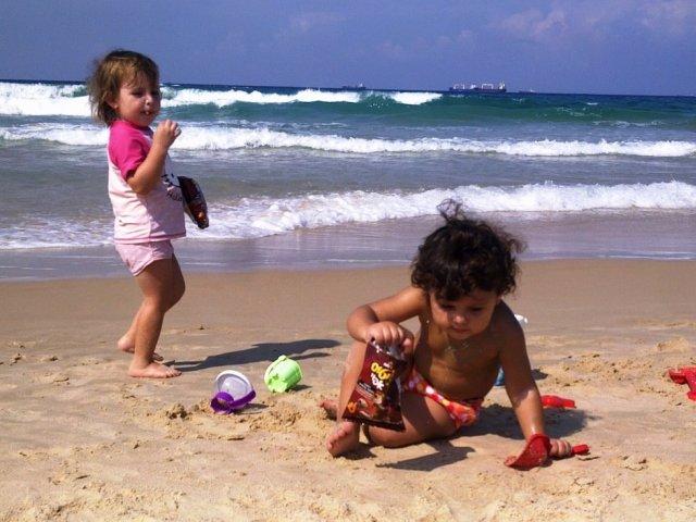 Дети в Израиле на море