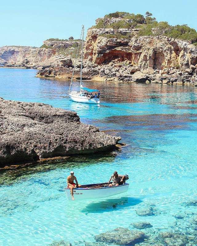 Пляж Cala S'Almunia