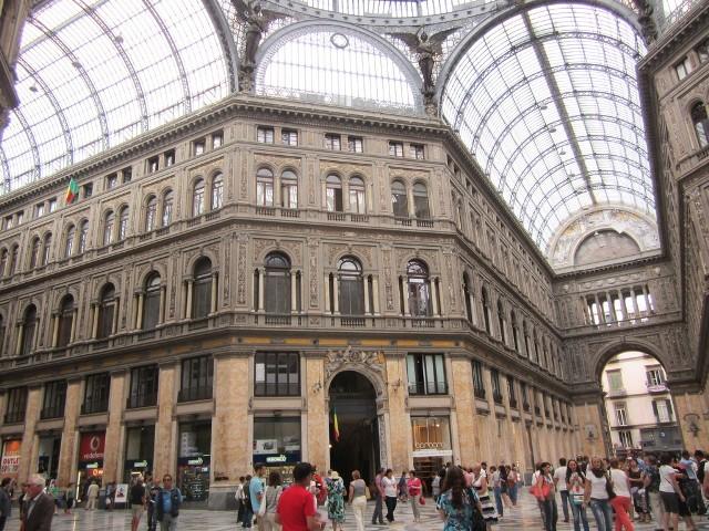 Galleria Umberto I в Неаполе