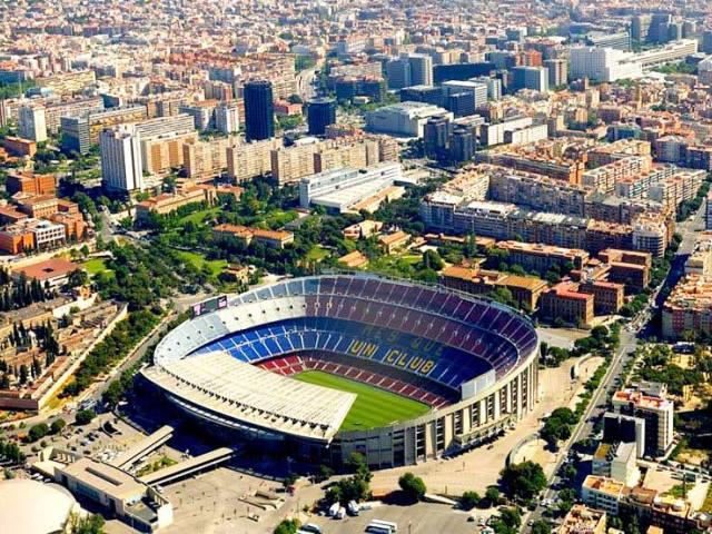 Камп Ноу - домашний стадион ФК Барселона