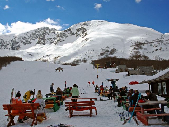 Горные лыжи зимой в Черногории