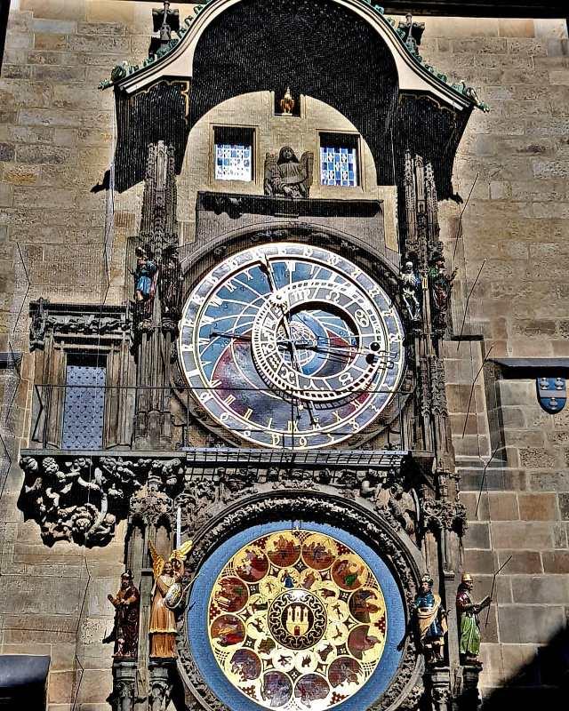 Часы Орлой на Староместской Ратуше