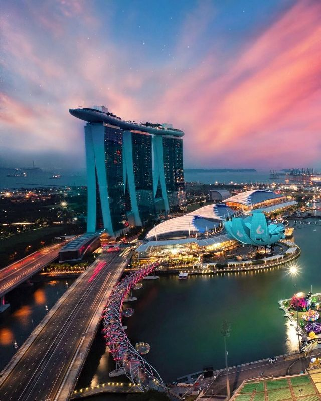 Marina Bay Sands на рассвете