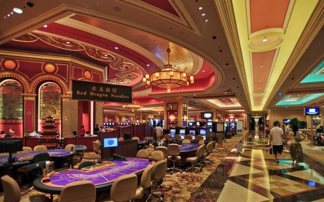 Знаменитое казино в Макао