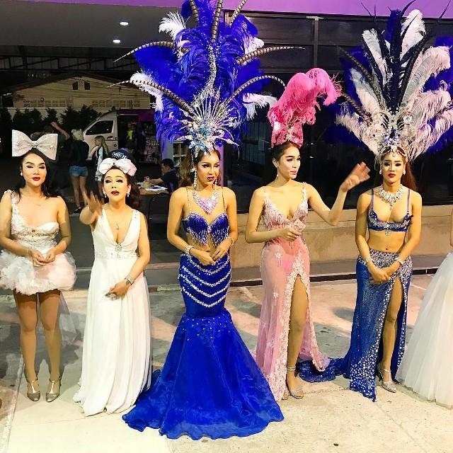 Саймон Кабаре одно из самых красочных на Пхукете
