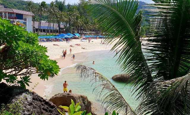 Пляж Ката Ной, Пхукет, Таиланд