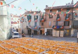 Битва апельсинами в Иврее