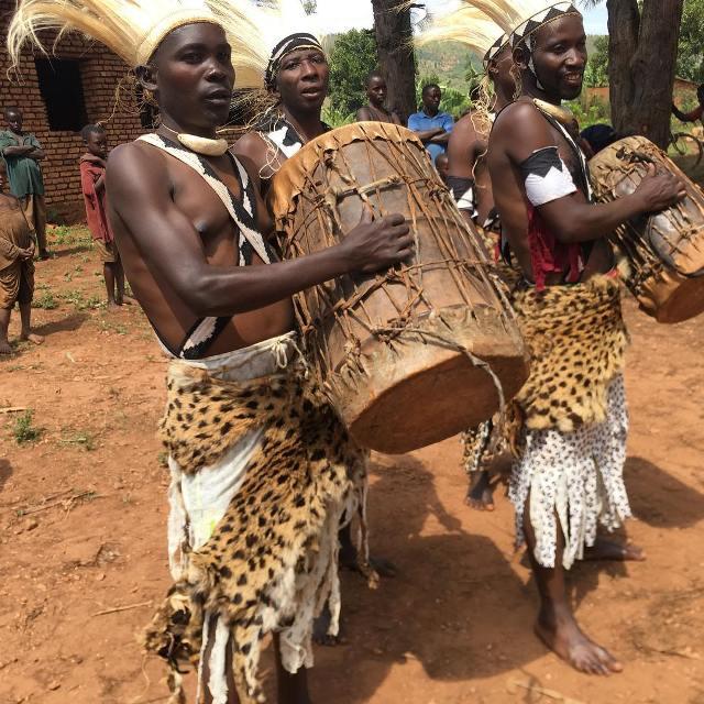 Барабанщики Бурунди