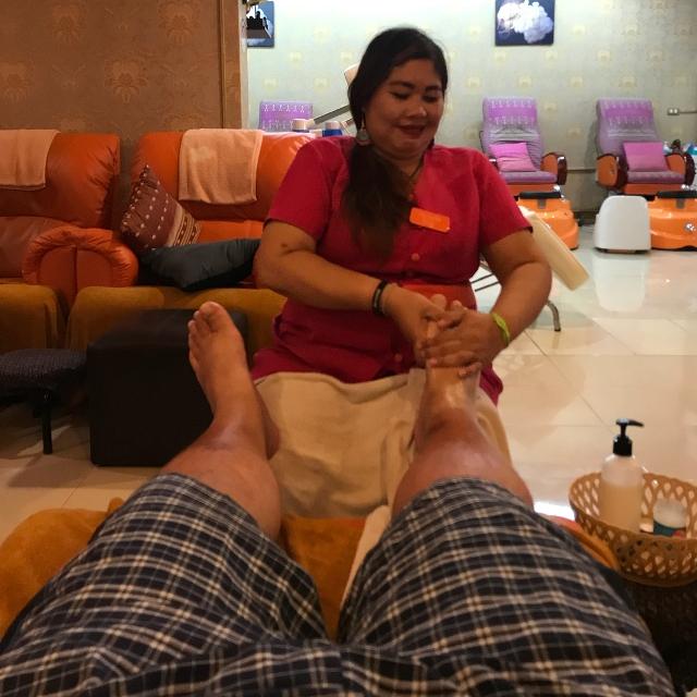 Массаж ног в Таиланде
