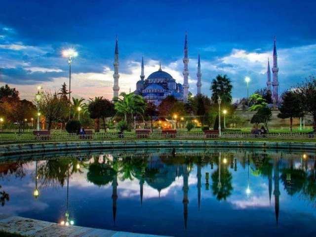 Стамбул ночью