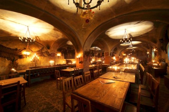 Ресторан в замке Detenice