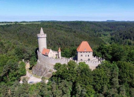 Замок Кокоржин (Hrad Kokorin)