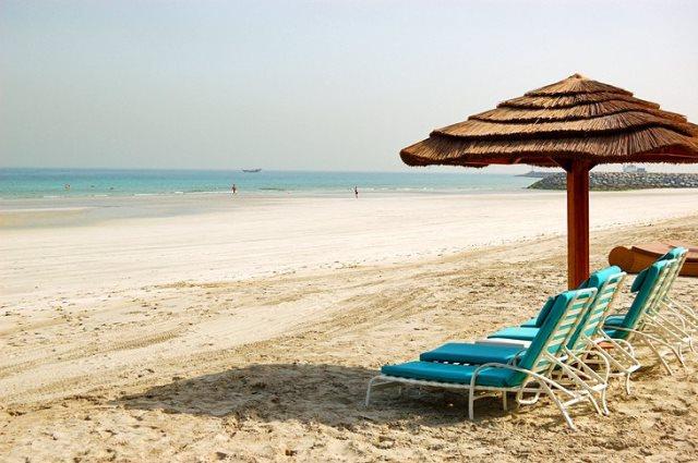 Безлюдные пляжи в Аджмане