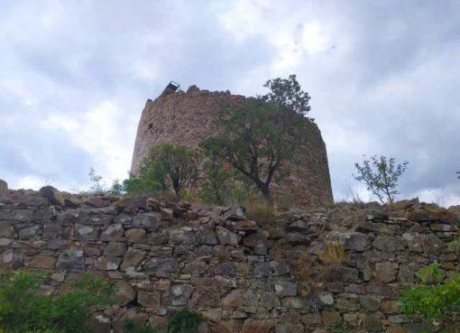 Башня Чобан-Куле в Крыму